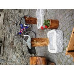 Fontana pietra e legno